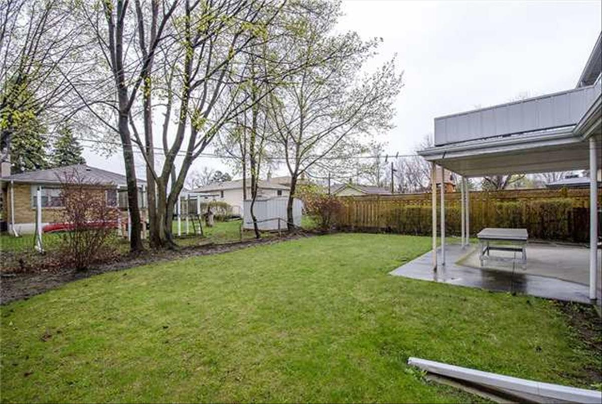 45 Overbrook Pl Toronto Michelle Refani and Shervin Zeinalian