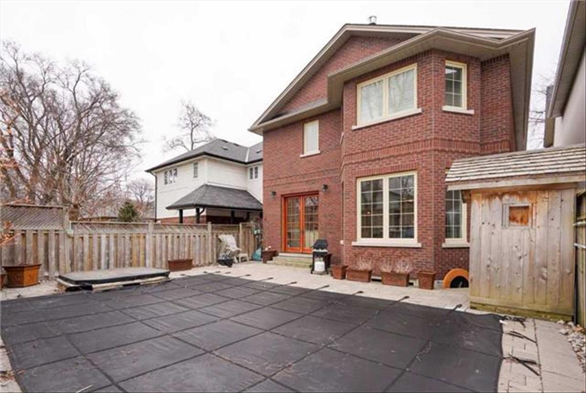 28 Lynndale Rd Toronto Michelle Refani and Shervin Zeinalian
