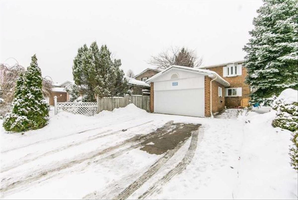132 Kersey Cres Richmond Hill Michelle Refani and Shervin Zeinalian